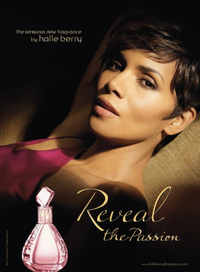 Perfumy Halle Berry Reveal the passion plakat reklamowy