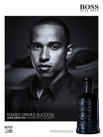 Murzyni w reklamach perfum Hugo Boss Bottled Night Lewis Hamilton