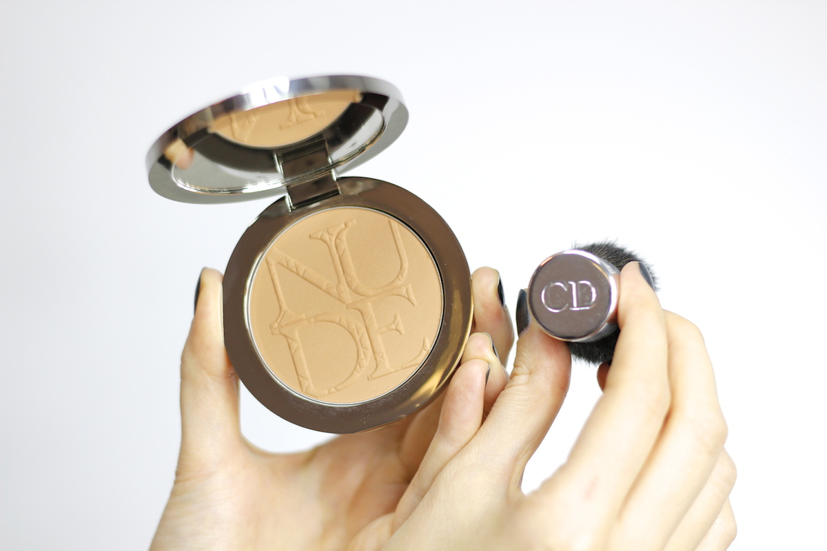 Bronzer Diorskin Nude Tan nr 001 w odcieniu Honey