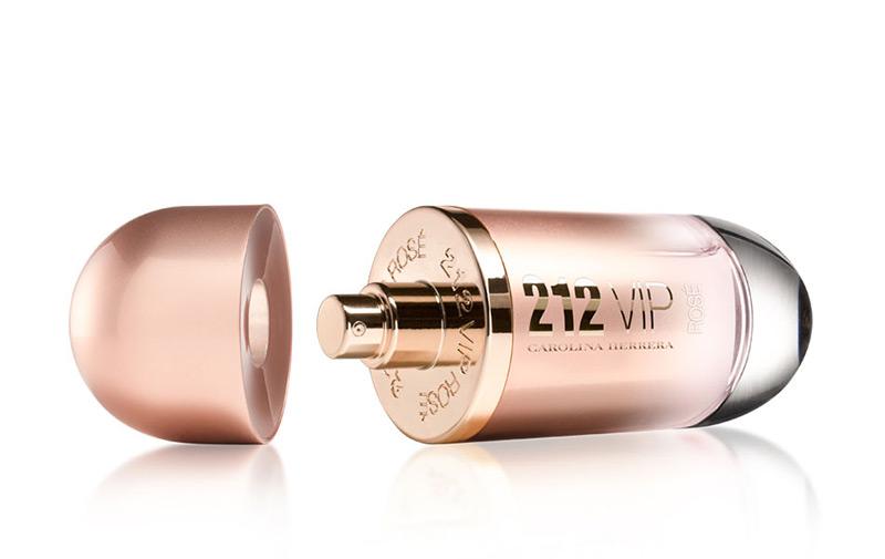 Reklama perfum Carolina Herrera 212 VIP Rosé