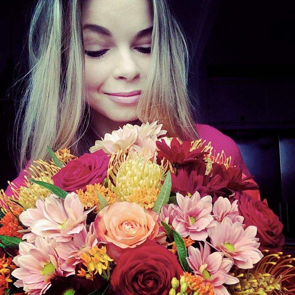 Czy kobiety lubią dostawać kwiaty? | Olfaktoria.pl Lubicie Wesołe Kobiety