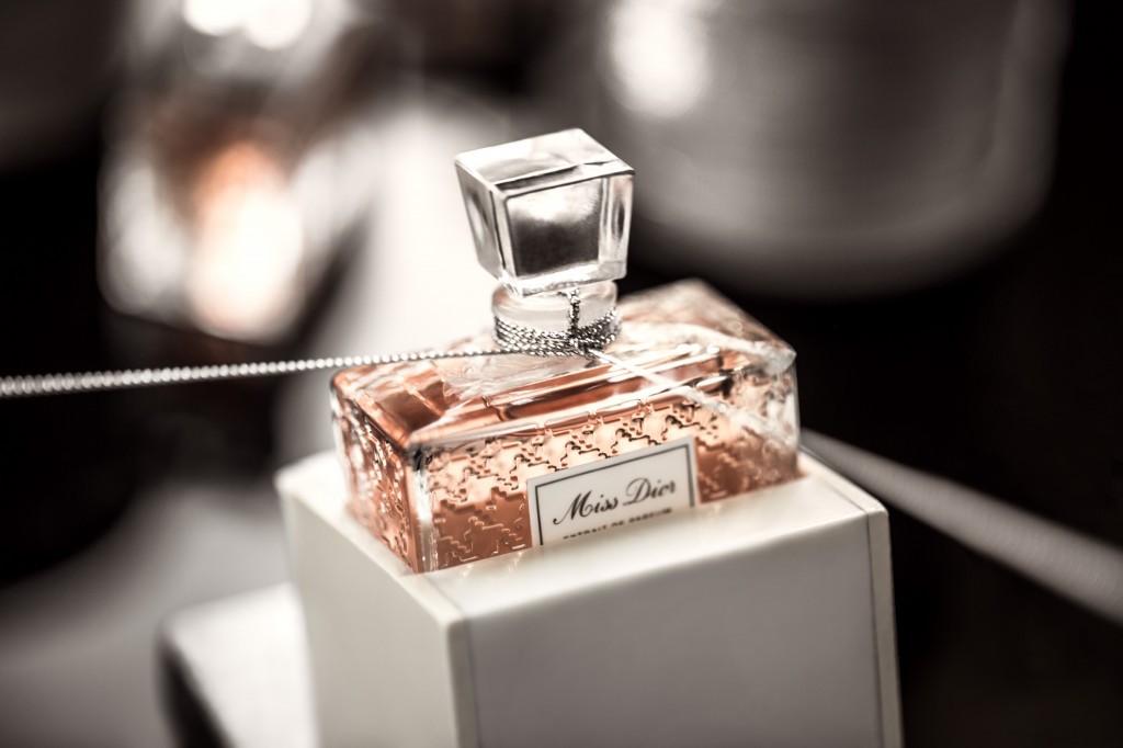 Butikowe Kolekcje Perfum W Douglas I Sephora