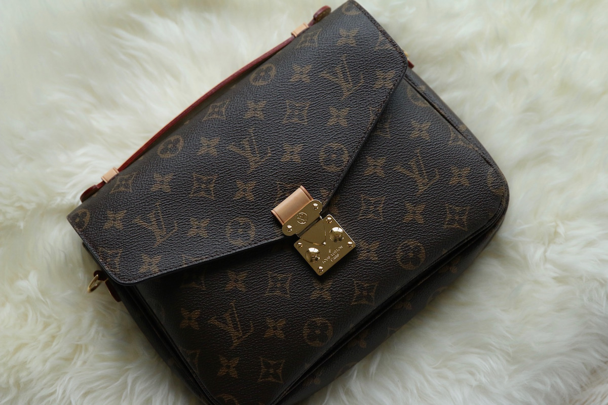 Louis Vuitton Pochette Métis