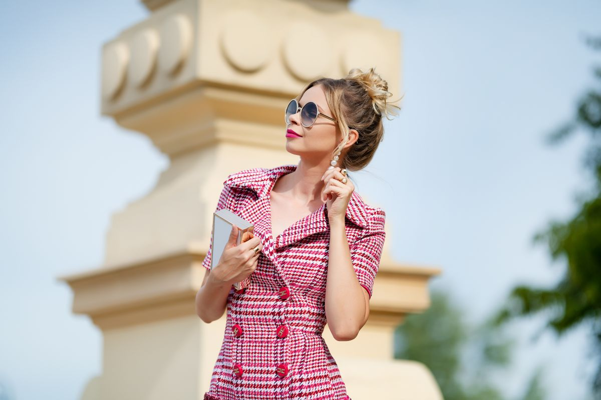 Elisabetta Franchi - różowa sukienka idealna na wyjście