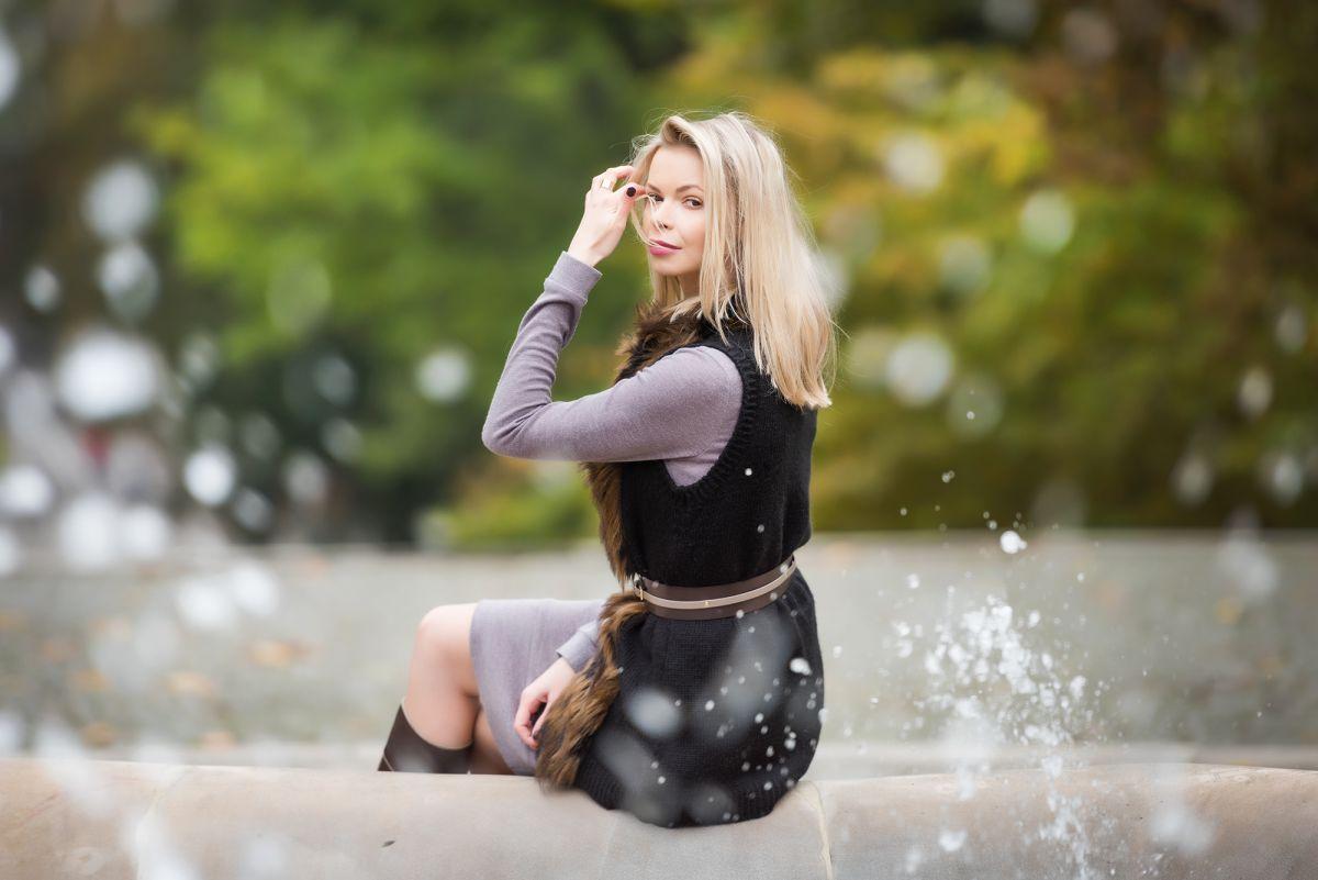 Jesienna stylizacja - dzianinowa sukienka do kolan